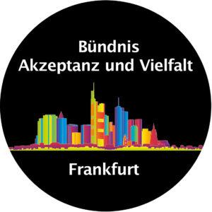 Logo des Bündnis Akzeptanz und Vielfalt in Kreisform // Regenbogenfarbene Skyline von Frankfurt am Main